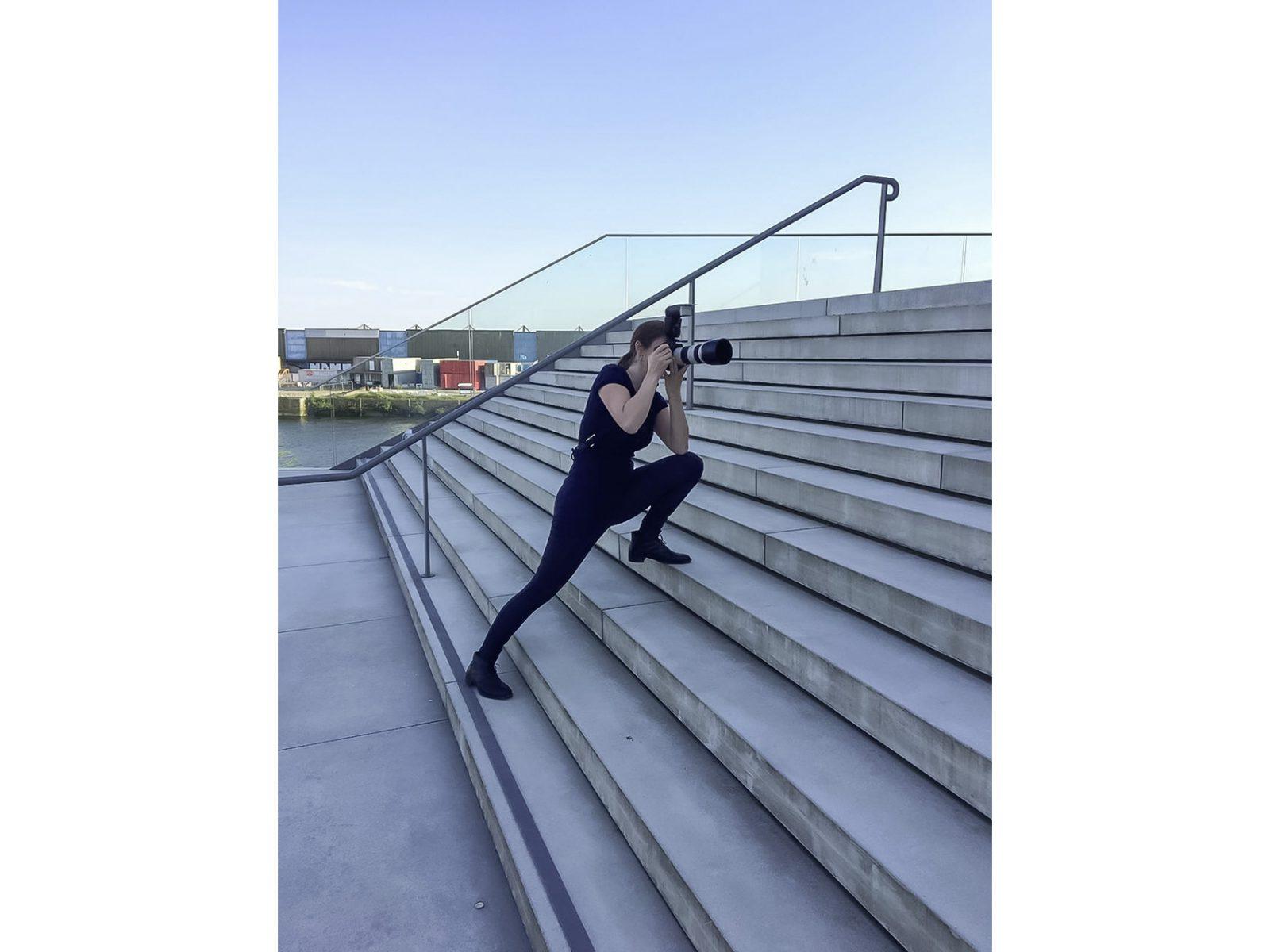 Making Of vom Fotoshooting mit Finanzexpertin Diana Wolf