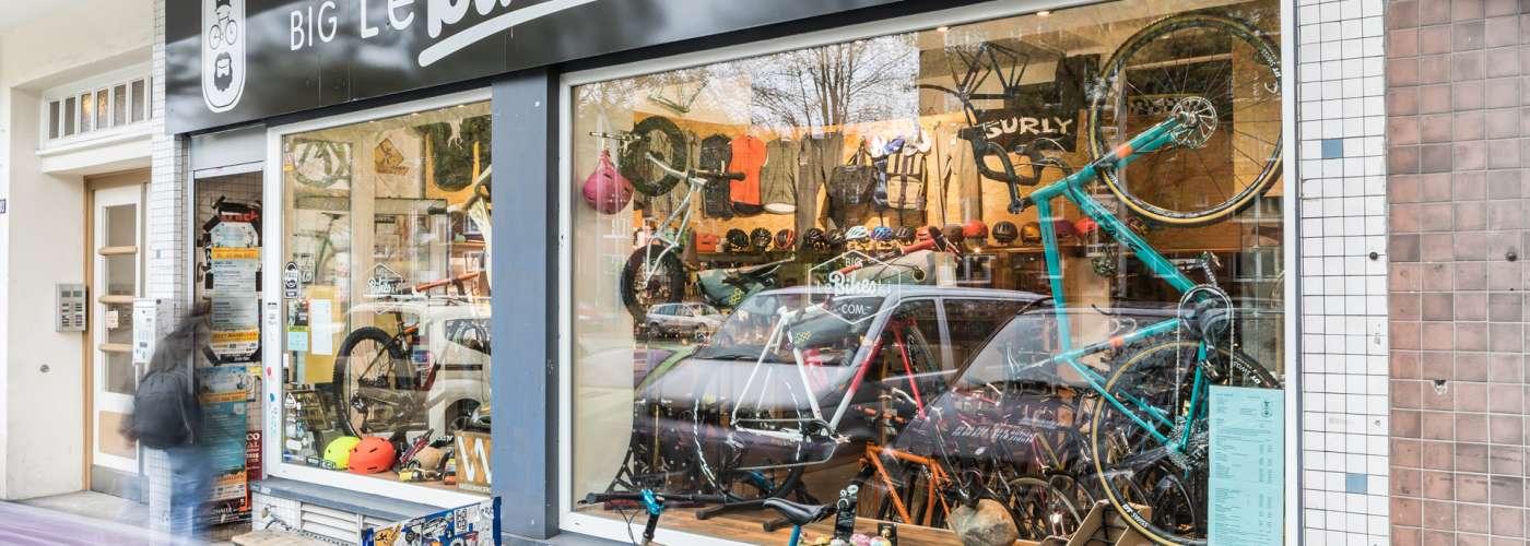 Werkstattfotos vom Hamburger Kult Fahrradladen Big Lebikeski