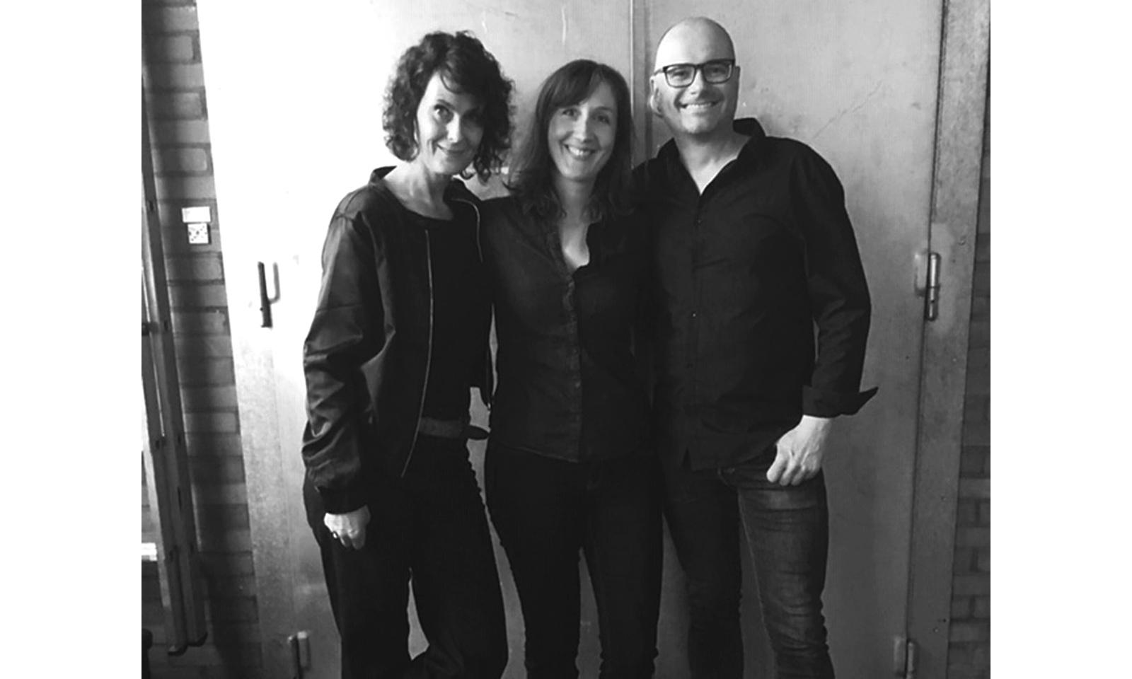 Fotoshooting Making Of mit Regine Marxen und Stefan Endrigkeit von HHopcast, dem Hamburger Bier-Podcast